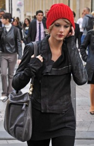 biker-jacket-taylor-swift