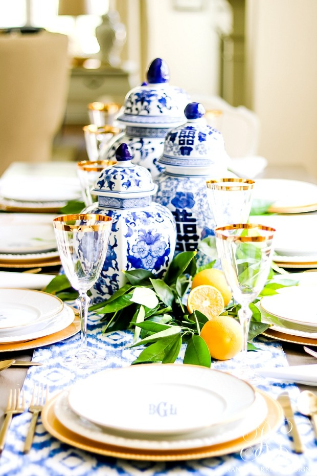 Elegant-mothers-day-table-blue-and-white-with-fresh-oranges