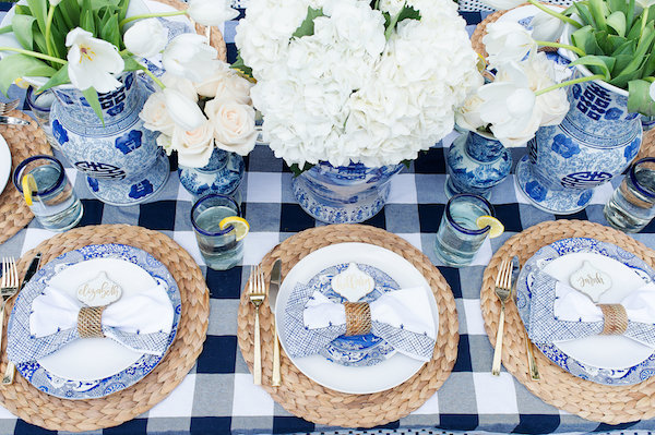 Outdoor-Entertaining-Table-Set-up_7