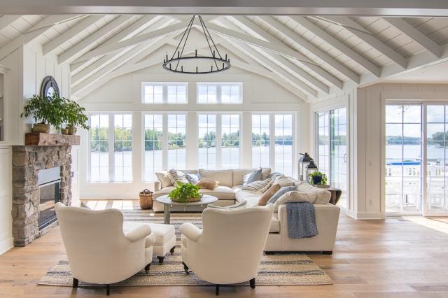 white-lakehouse-living-room.jpg