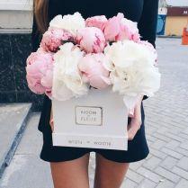 1. Bloom de Fleur